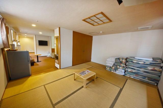 hotelyamanouchi_room_famib2