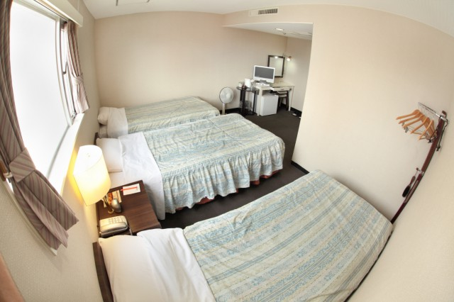 hotelyamanouchi_room_tri3